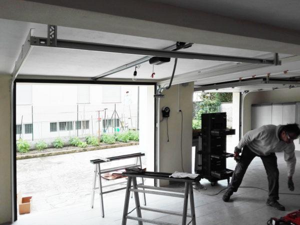 IMG 20170503 113303 600x450 Garage poco profondo? Clast vi aiuta a trovare la soluzione. | Clast srl: porte, portoni, sicurezza, cancelli, automazioni. Via Soncino 5, Trescore Cremasco