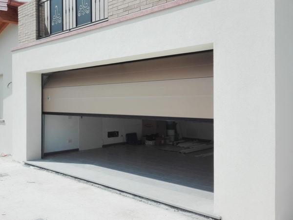IMG 20170721 154050 600x450 Persus di Breda: solidità ed estetica per una casa con stile | Clast srl: porte, portoni, sicurezza, cancelli, automazioni. Via Soncino 5, Trescore Cremasco