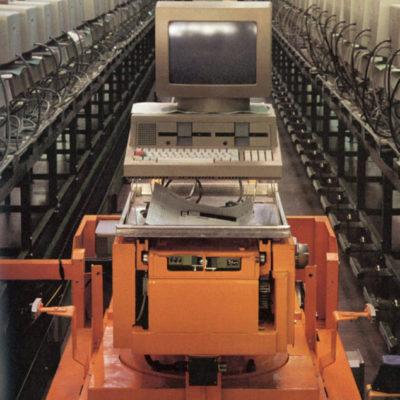 m 20 d 400x400 Olivetti: innovazione e sguardo verso il futuro | Clast srl: porte, portoni, sicurezza, cancelli, automazioni. Via Soncino 5, Trescore Cremasco