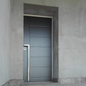 IMG 20180618 142536 300x300 Protezione, stile e servizi unici: benvenuta Sicurezza. | Clast srl: porte, portoni, sicurezza, cancelli, automazioni. Via Soncino 5, Trescore Cremasco