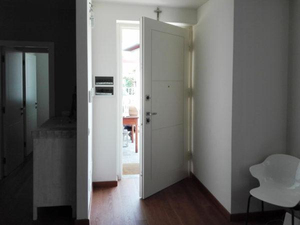 Clast porta stile design e qualit dentro e fuori casa - Effepi porte blindate ...