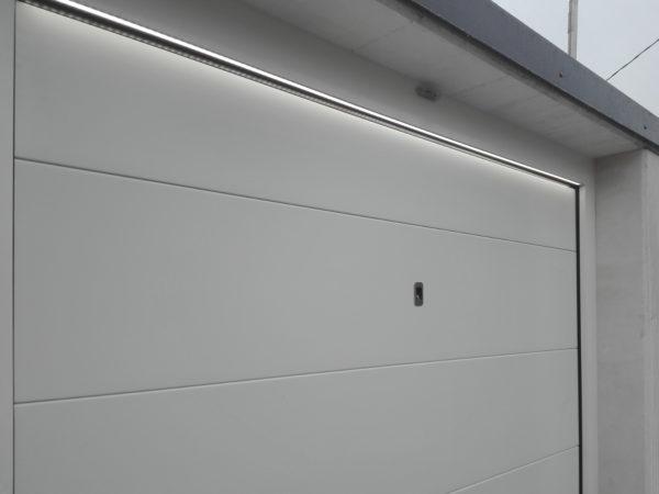 IMG 20181123 1504440 600x450 Chiusure e servizi unici per la casa perfetta: scelta di stile. | Clast srl: porte, portoni, sicurezza, cancelli, automazioni. Via Soncino 5, Trescore Cremasco
