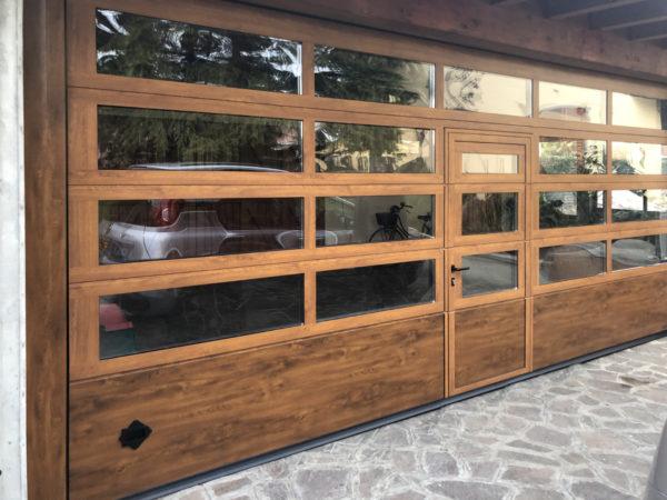 IMG 2534 600x450 Trasparenze e dimensioni: il garage cambia volto con Clast | Clast srl: porte, portoni, sicurezza, cancelli, automazioni. Via Soncino 5, Trescore Cremasco