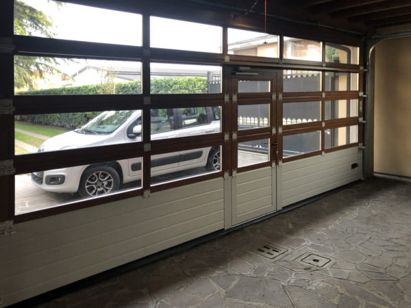 IMG 2536 600x450 Trasparenze e dimensioni: il garage cambia volto con Clast | Clast srl: porte, portoni, sicurezza, cancelli, automazioni. Via Soncino 5, Trescore Cremasco
